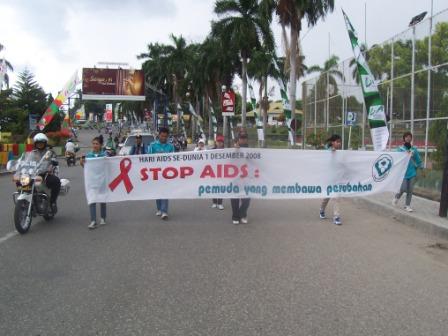 """""""PEMUDA PEDULI AIDS"""""""